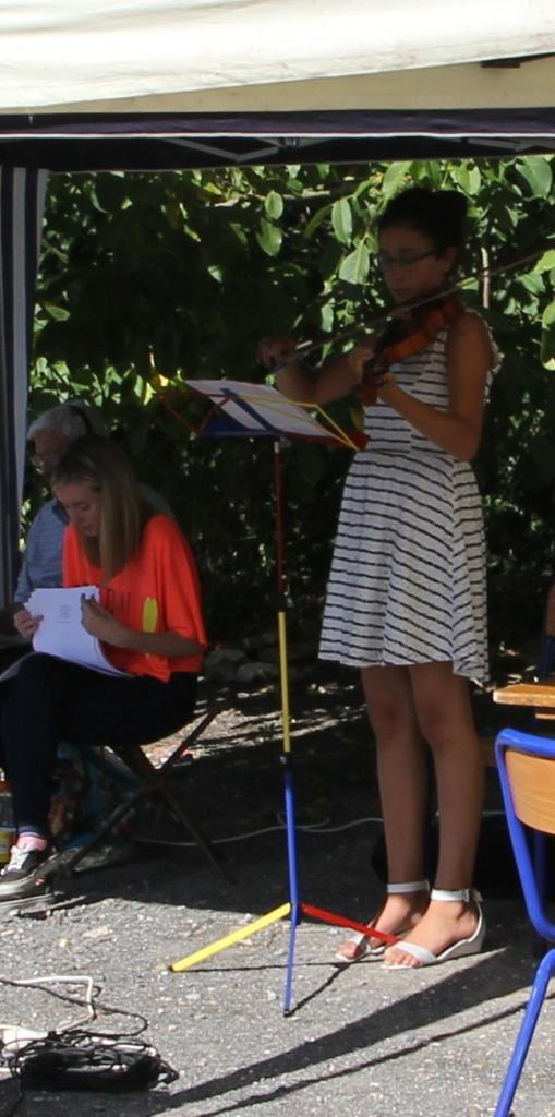 Romane au violon